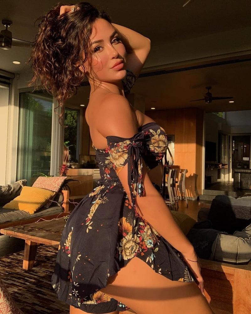 Sexy latina get cumblasted-8934