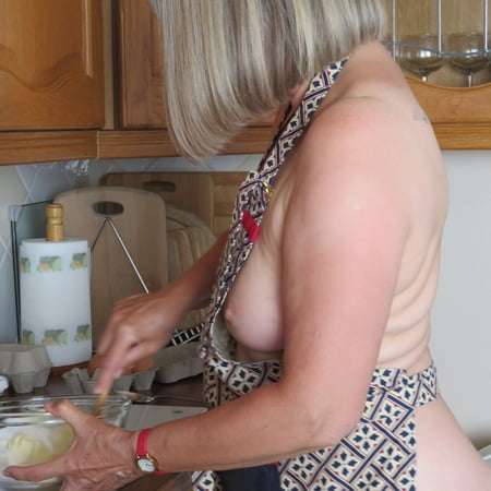 Hot The Naked Cheff Images
