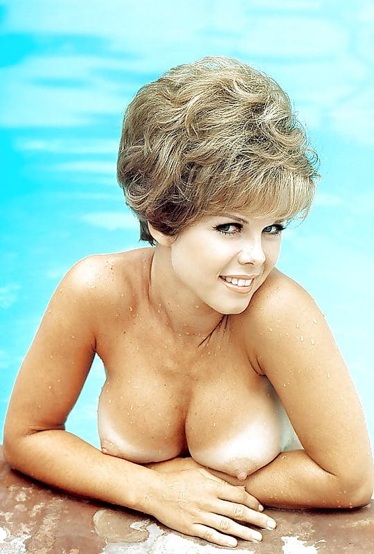 Pamela Sue Martin Nude