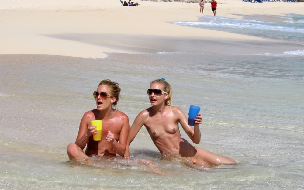 Naked beach sex-5673
