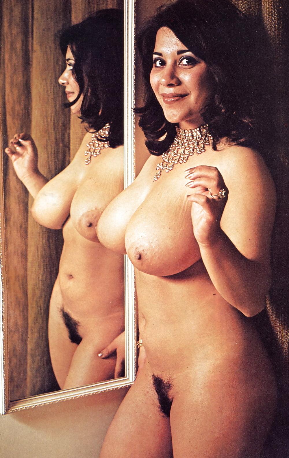 nude-busty-hot-vintage-pornstar-girls-fake-pics