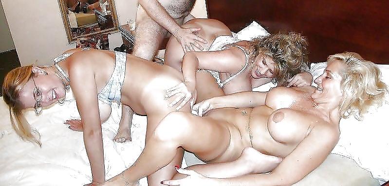 Lesbian pool sex table video