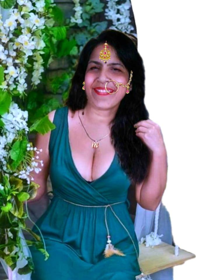 Kerala house wife boobs