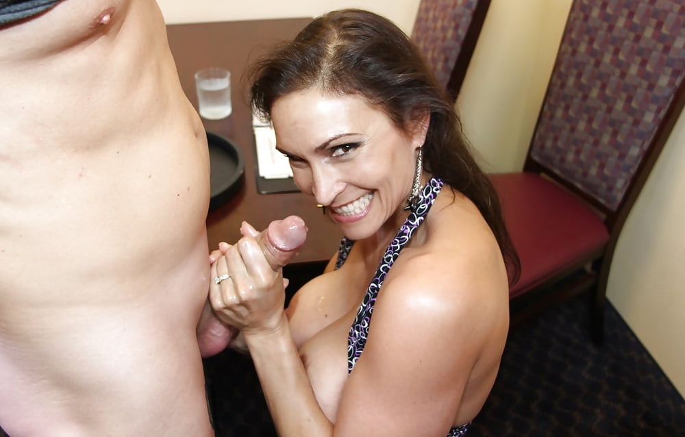 Video free blowjob tug, white nud girl