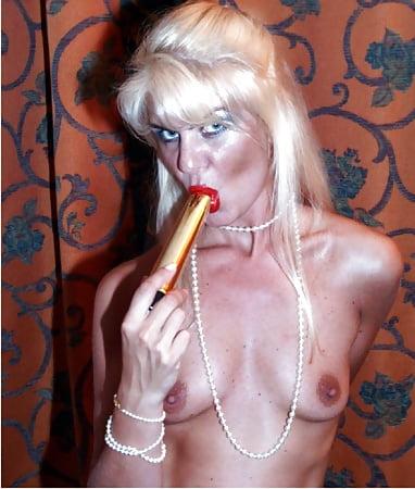 Coco the slut Sexy en Pics of Blonde - 09 - Coco la Perra