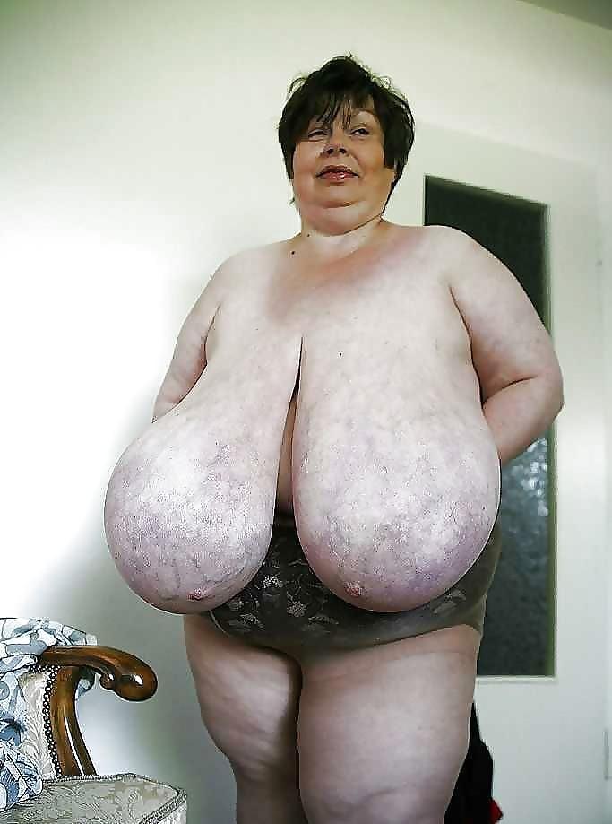 Granny deepthroating monster bbc porn pics