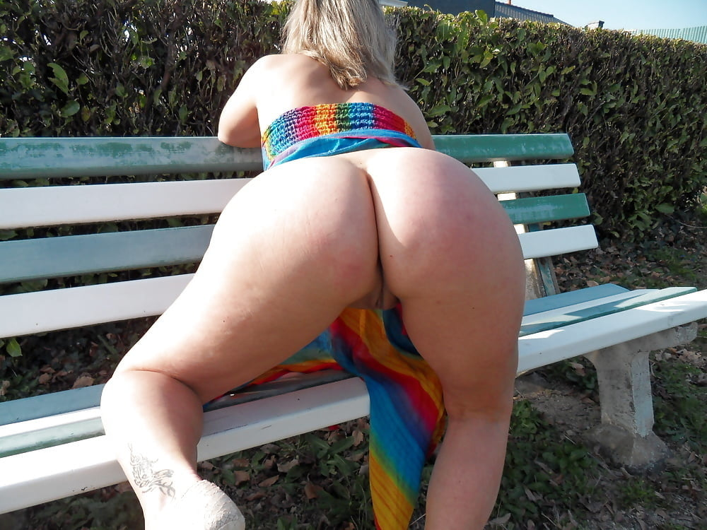 We Love Them Pawgs 2 (Starring Lisa Sparrow) 1.0 - 80 Pics