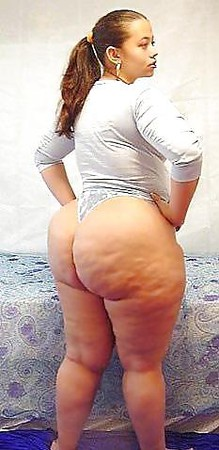Big Booty Small Waist!!!SEXY