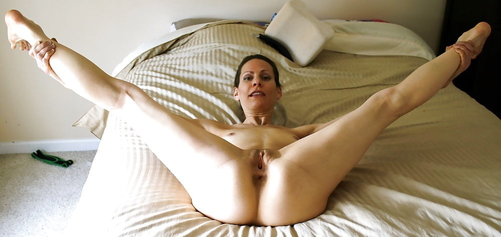 Hot spread eagle nude girl