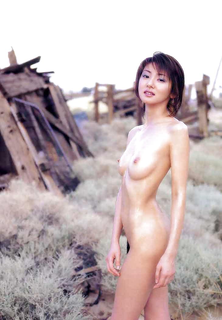 Tokyo model nude sex club