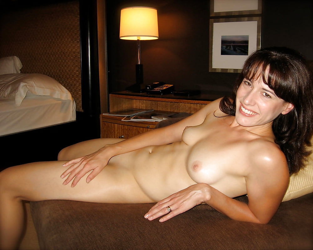 amateur-nude-photographs-girl-fucks