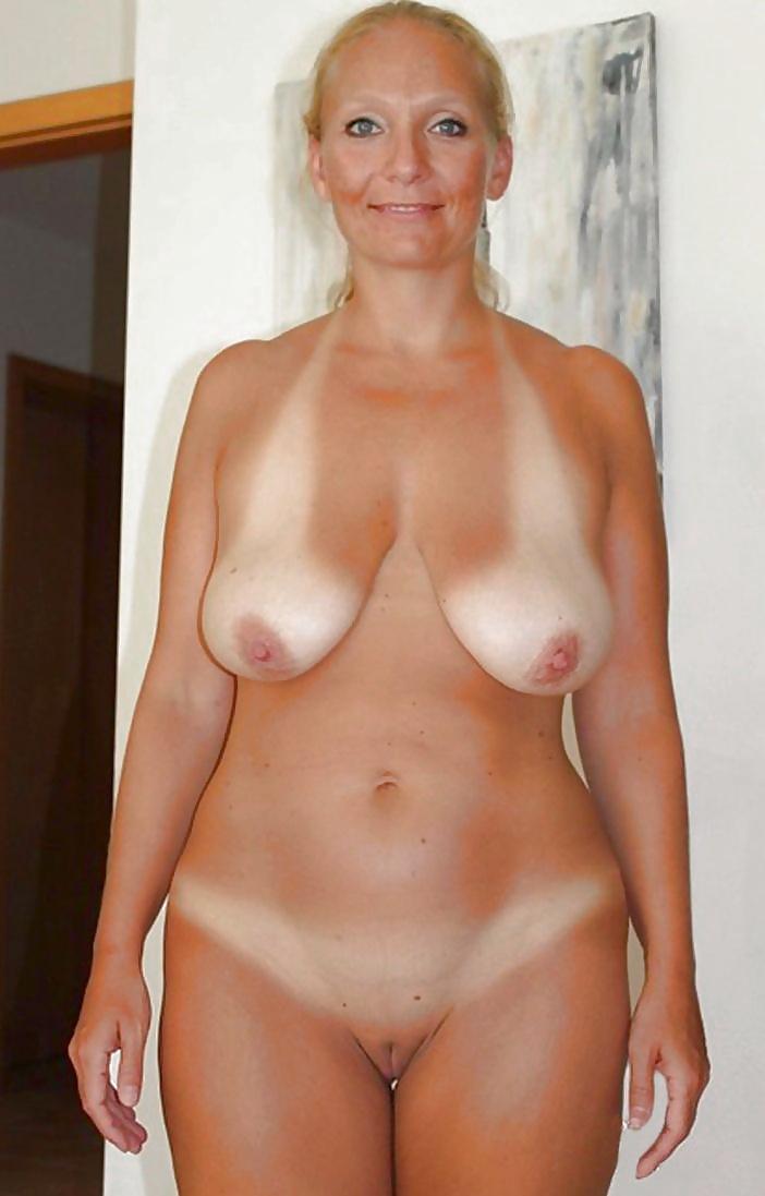 Mature women ass tan lines