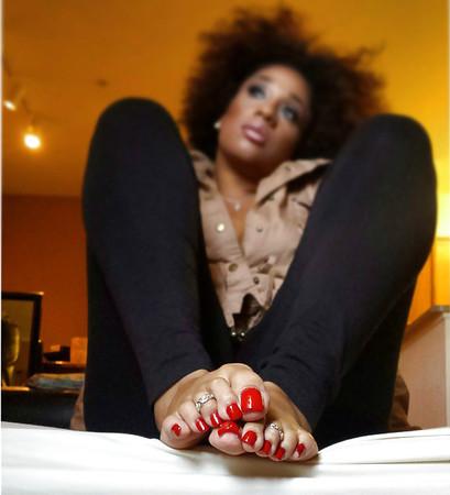 ebony toes sexy feet sexy toes pretty feet pretty toes