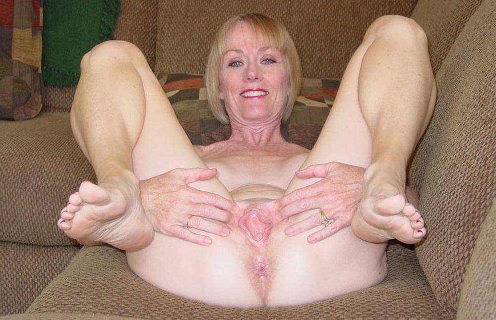 Nude old gilfs spread