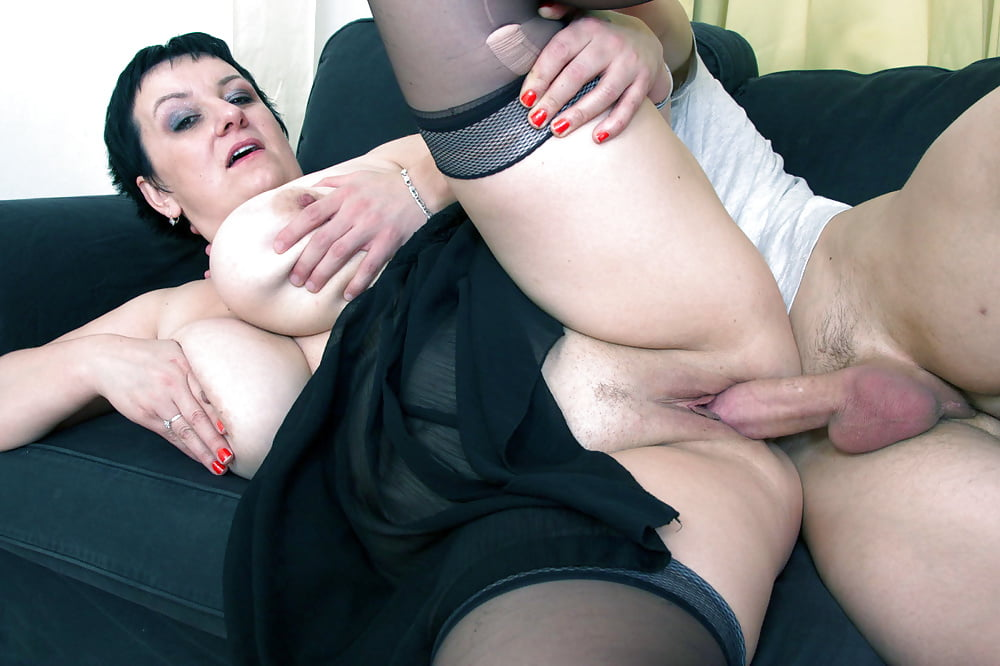 Mature analvirgin xxx