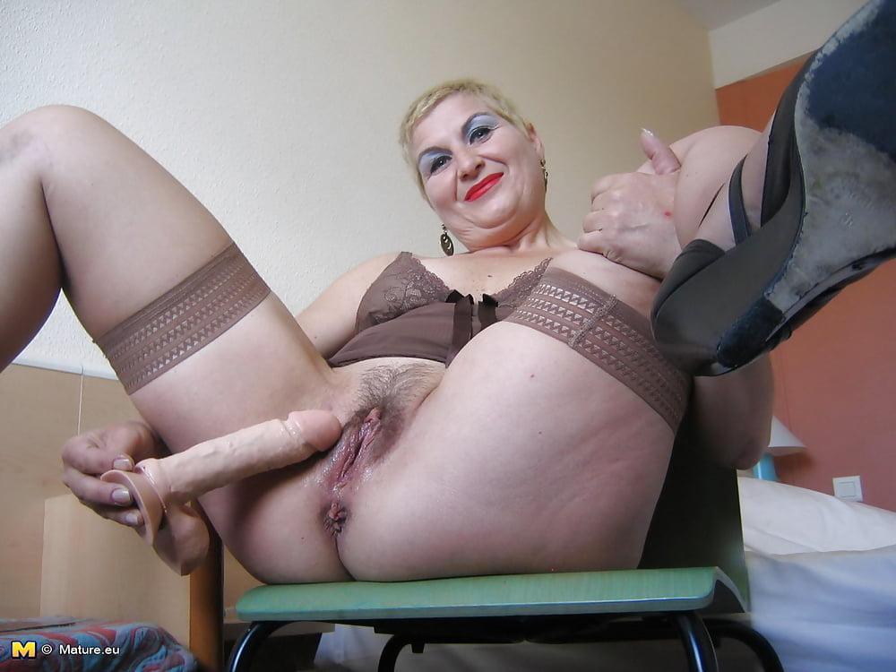порно картинки мамки мастурбация дамы куни друг