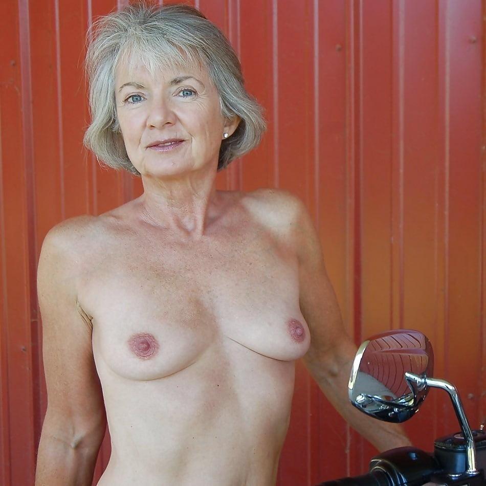 Small Tit Gilf