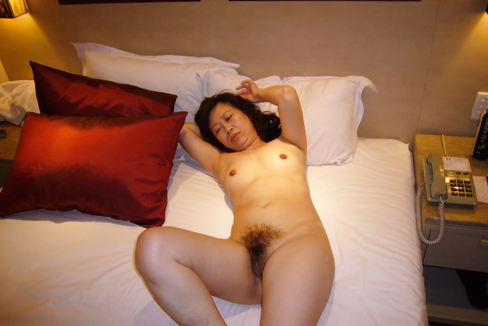 naked-taiwan-mom-video-of-girl-strip
