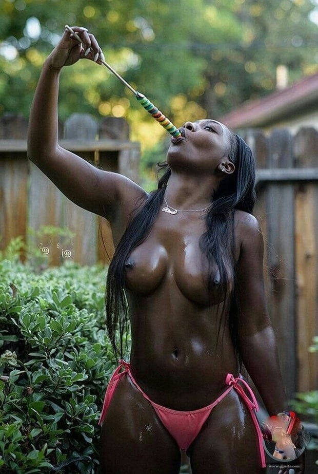 naked-wet-amuatar-black-girls-cowgirl-butts