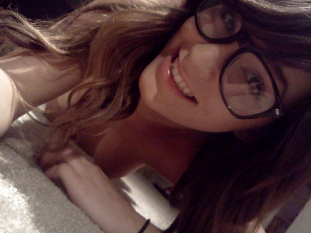 Hot brunette college girl-5742