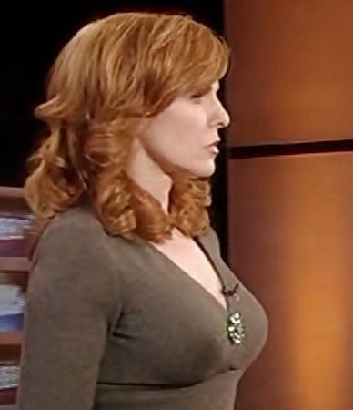 liz clayman tits