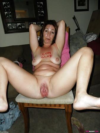 Porn Clip Mature ladies giving handjobs