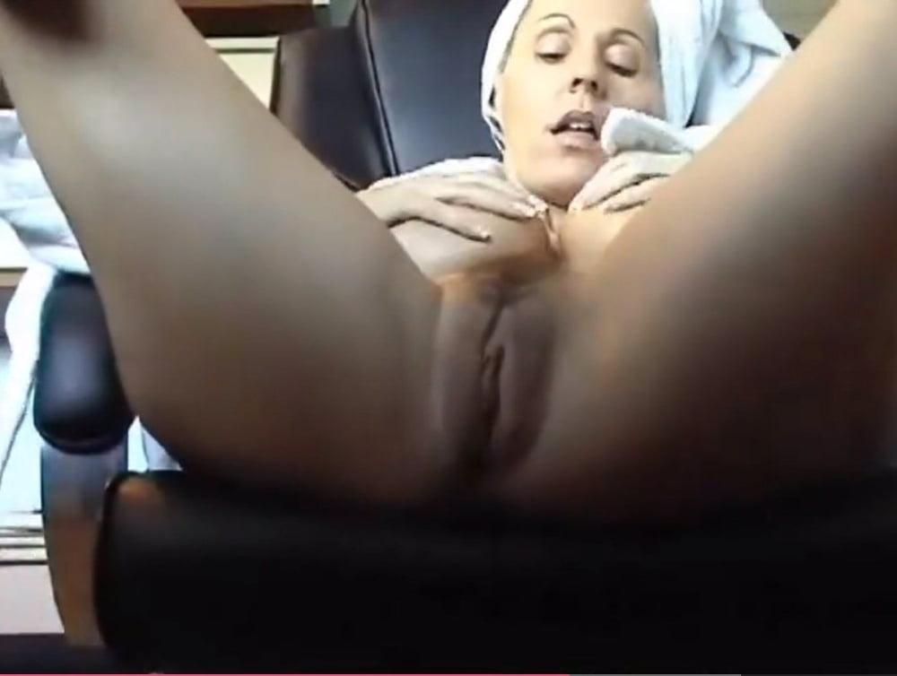 porno-filmi-orgazm-masturbatsiya-smotret-skritaya-kamera-svobodniy-dostup-seks-chastnie-foto