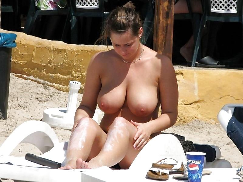 Фото случайных голых девок, ебут жену в египте