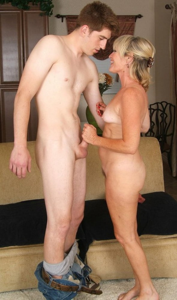 Milf and young man -mature et jeunot 12 - 20 Pics