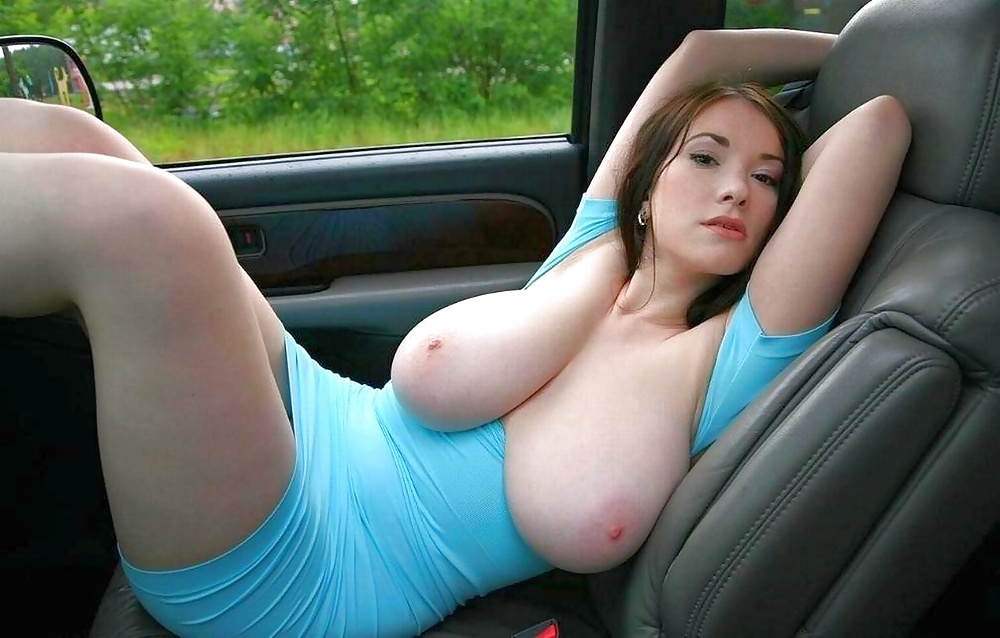 Nude babes and cars-8878