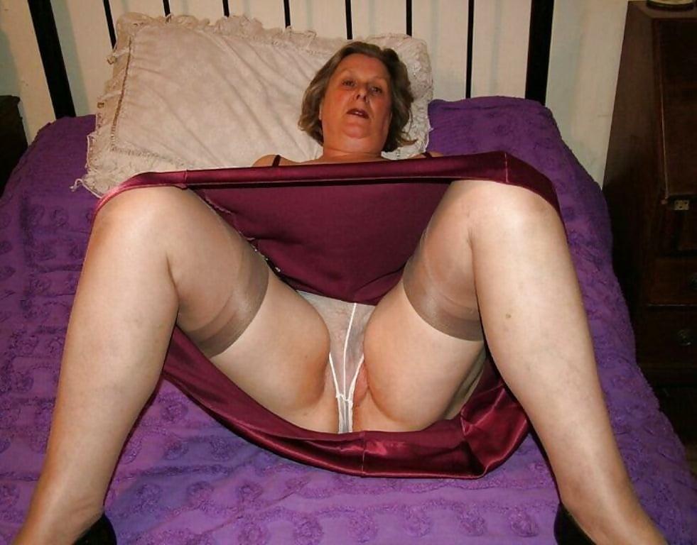 Granny Upskirt Nylons