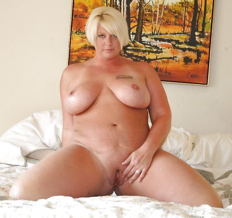 Milf plumper stephanie peeling off her white granny panties to pose nude