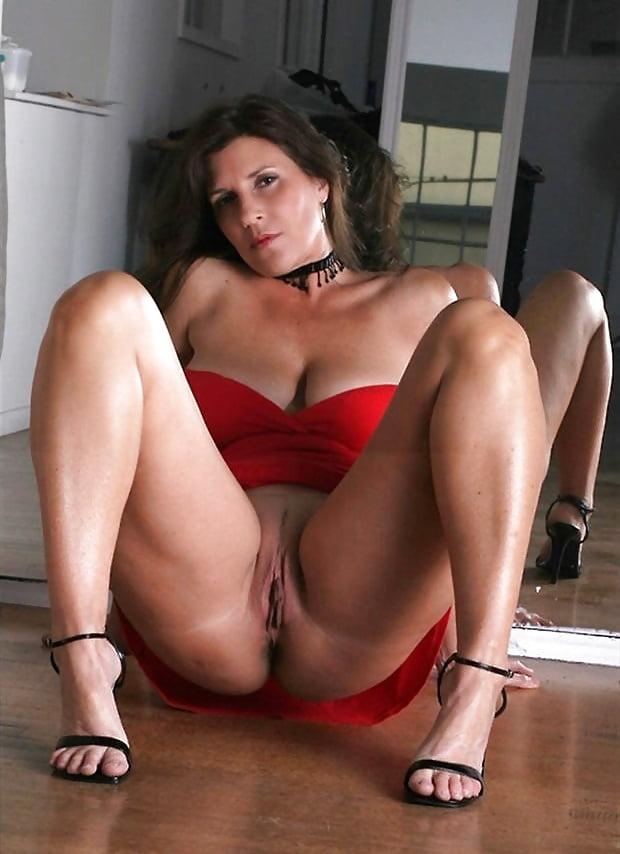 Стройные попы порно качественное взрослые женщины с шикарной фигурой