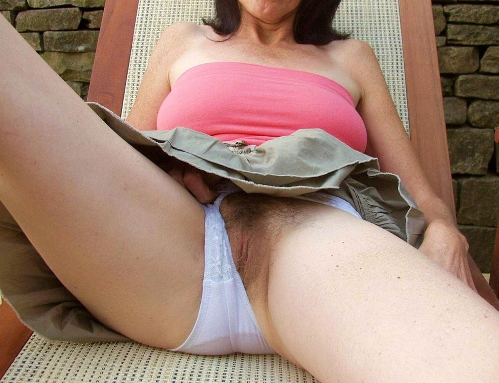 Mature pussy under pants, photos of sex