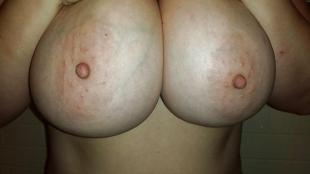 Sex natural big tits-8406