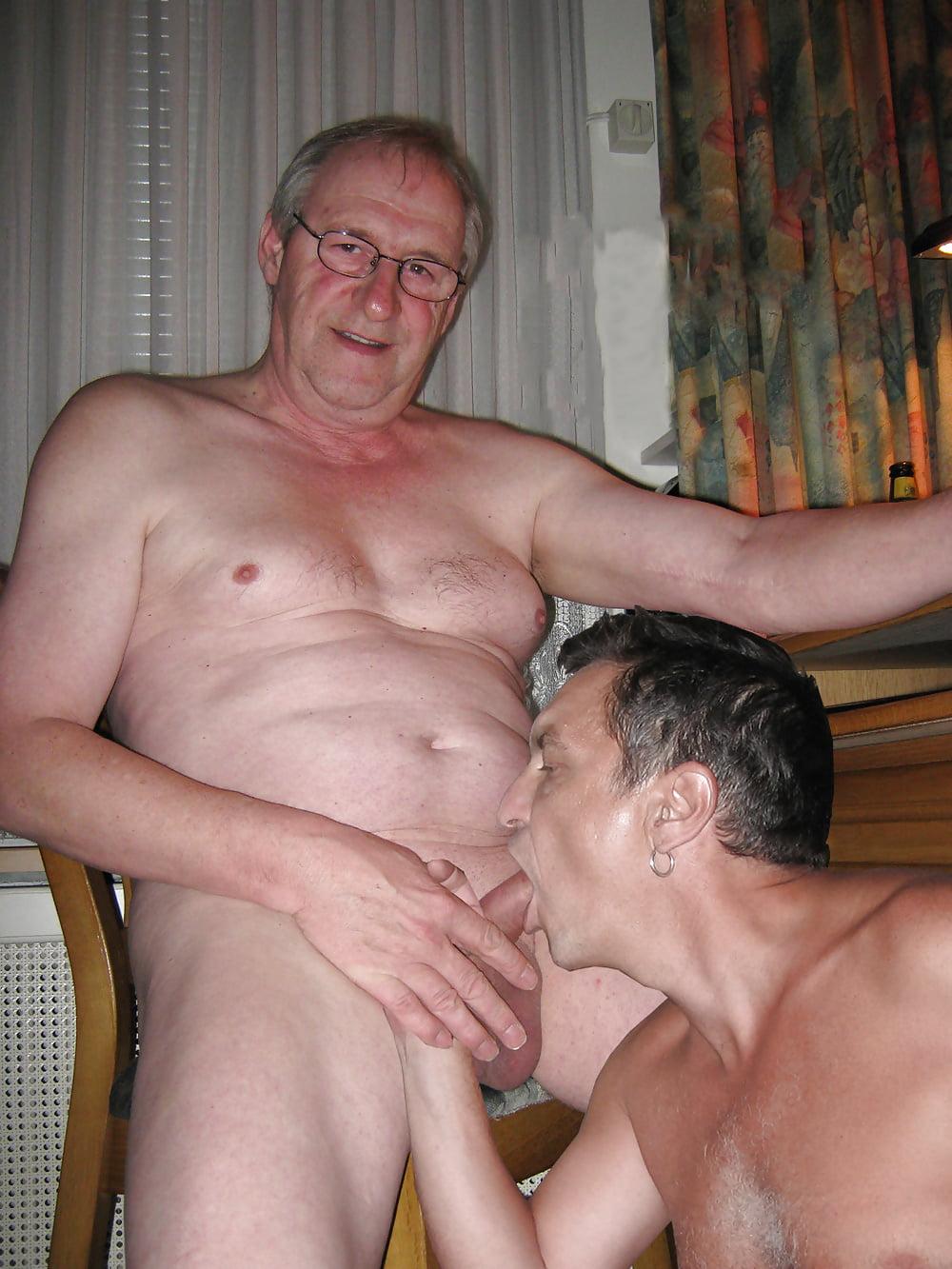 porno-u-starih-muzhchin-luchshie-sto-foto-zhestkogo-traha
