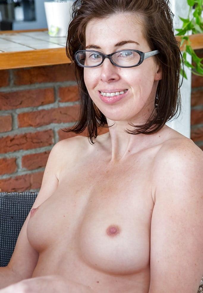 Wife porn amateur milf galery hardcore mature sex