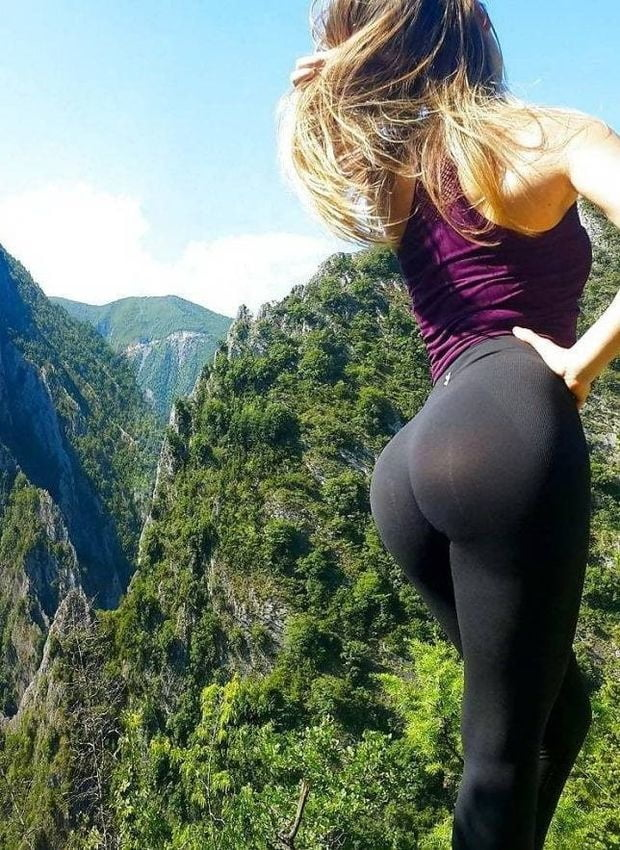 Why Are Yoga Pants So Popular