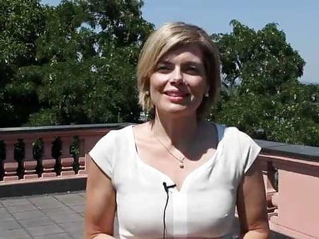 Nackt julia kloeckner sam.leonardjoel.com.au
