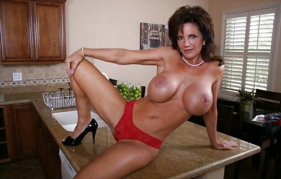 Get deauxma mpeg milf porn for free