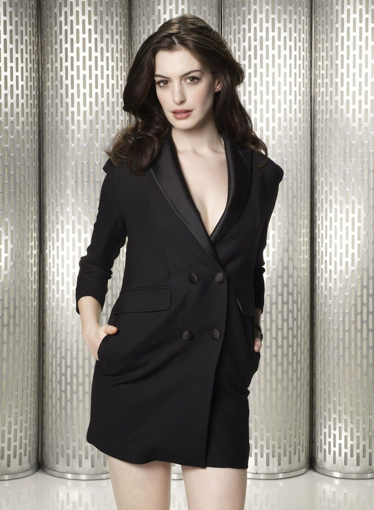 Anne hathaway naked pics-9895