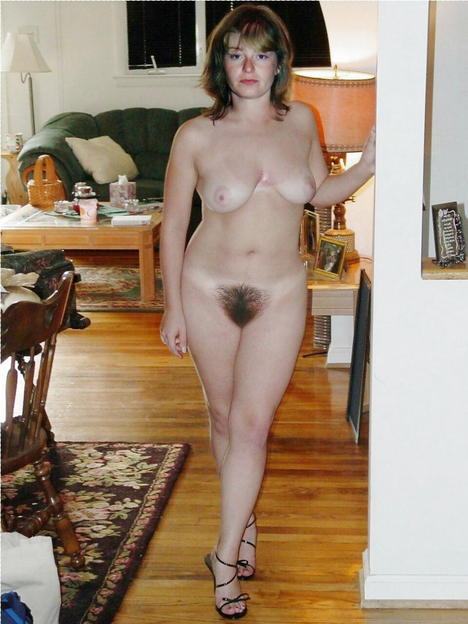 Frontal naked hairy