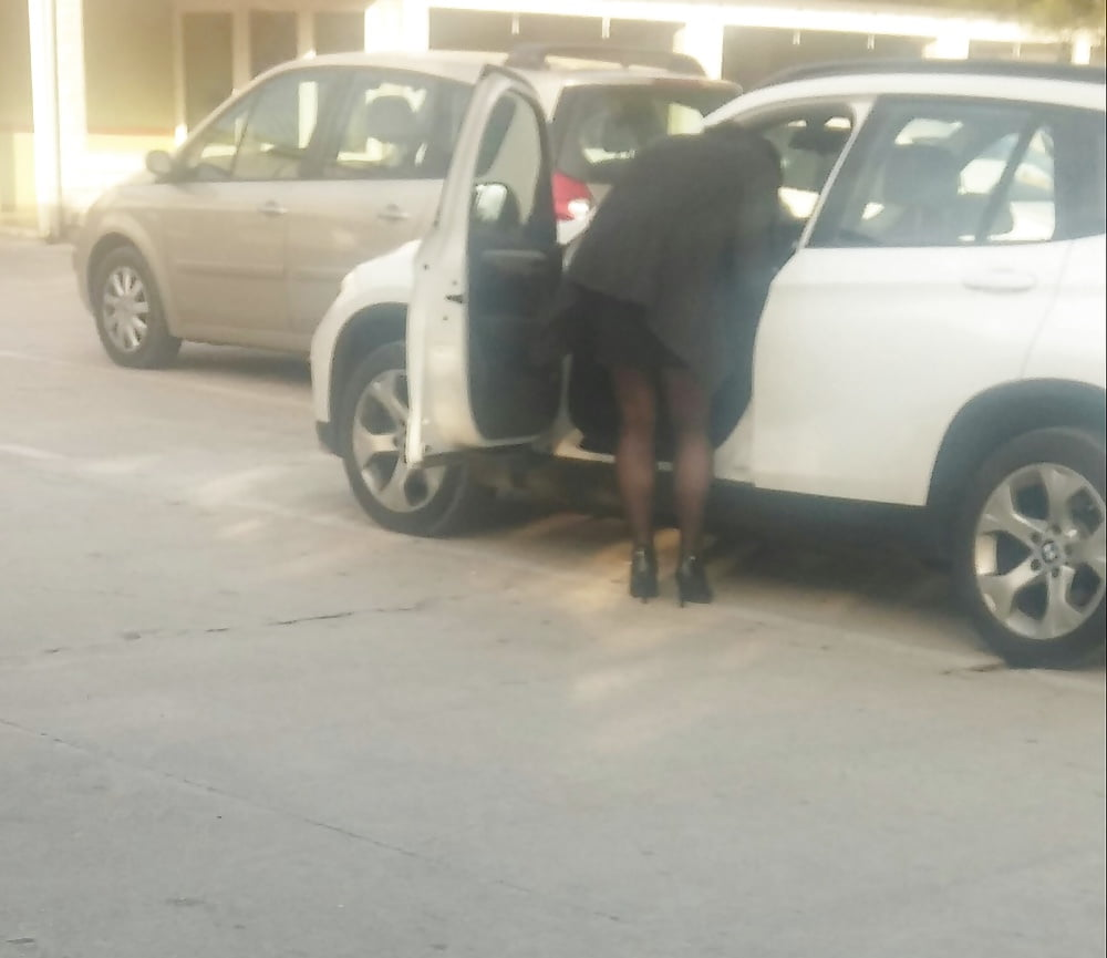 Milf Parking Lot Flashing Dick Handjobs
