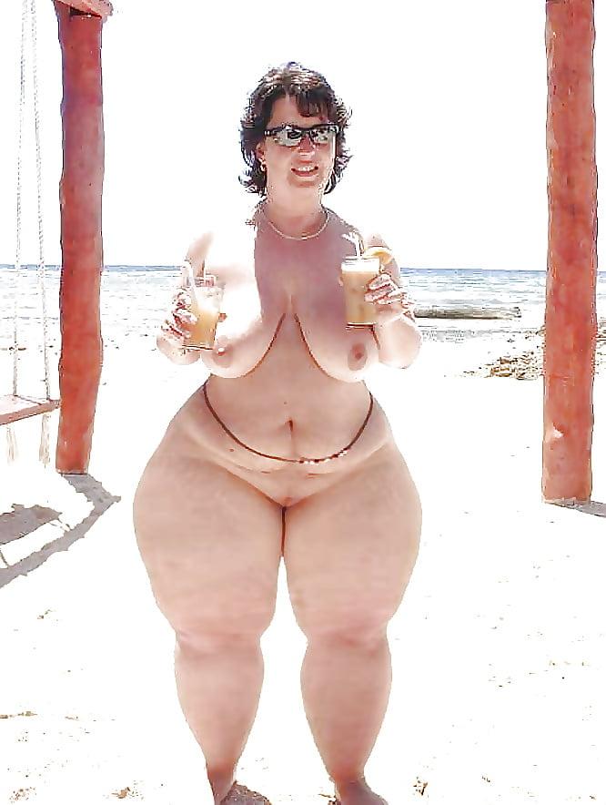Wide hips mature bbw