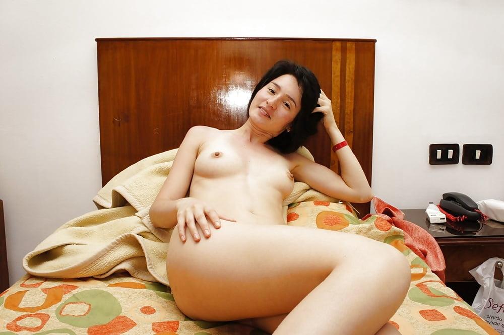 ero-foto-zhenshinoy-kazashkoy-eroticheskoe-foto-zhirnoy-zhenshini