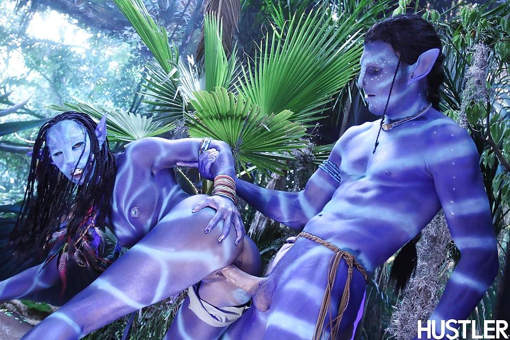 Avatar neytiri naked bondage