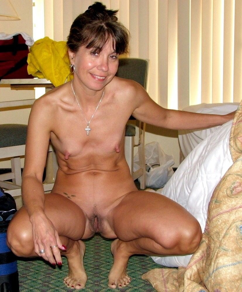 small-tits-mature-milf-pics-koons