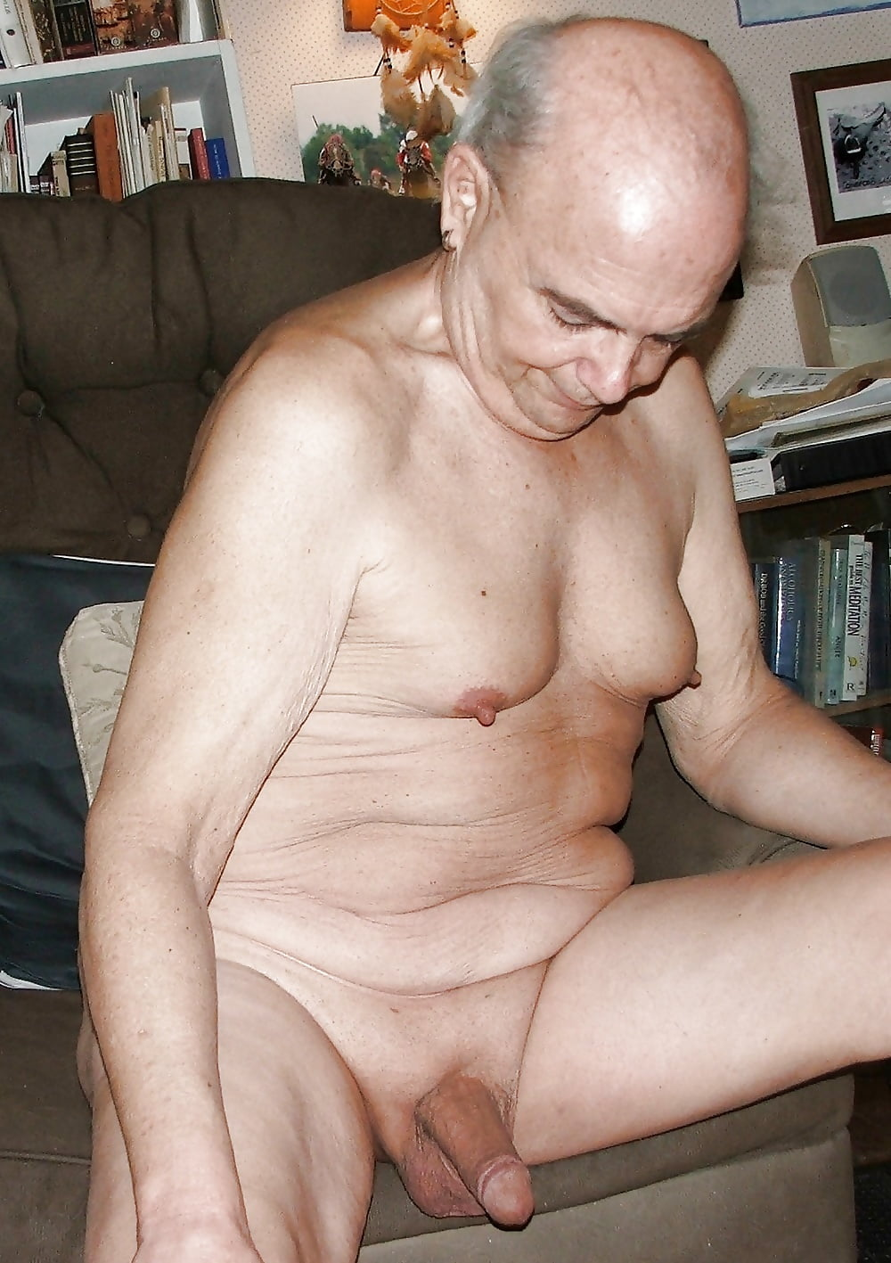 old-man-nacked-young-hot-girls-flashing-pics