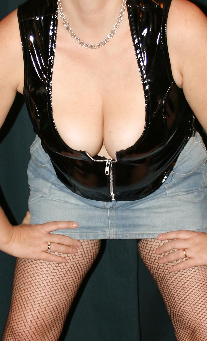 Slut wife mini skirt, mature upskirt picure galleries