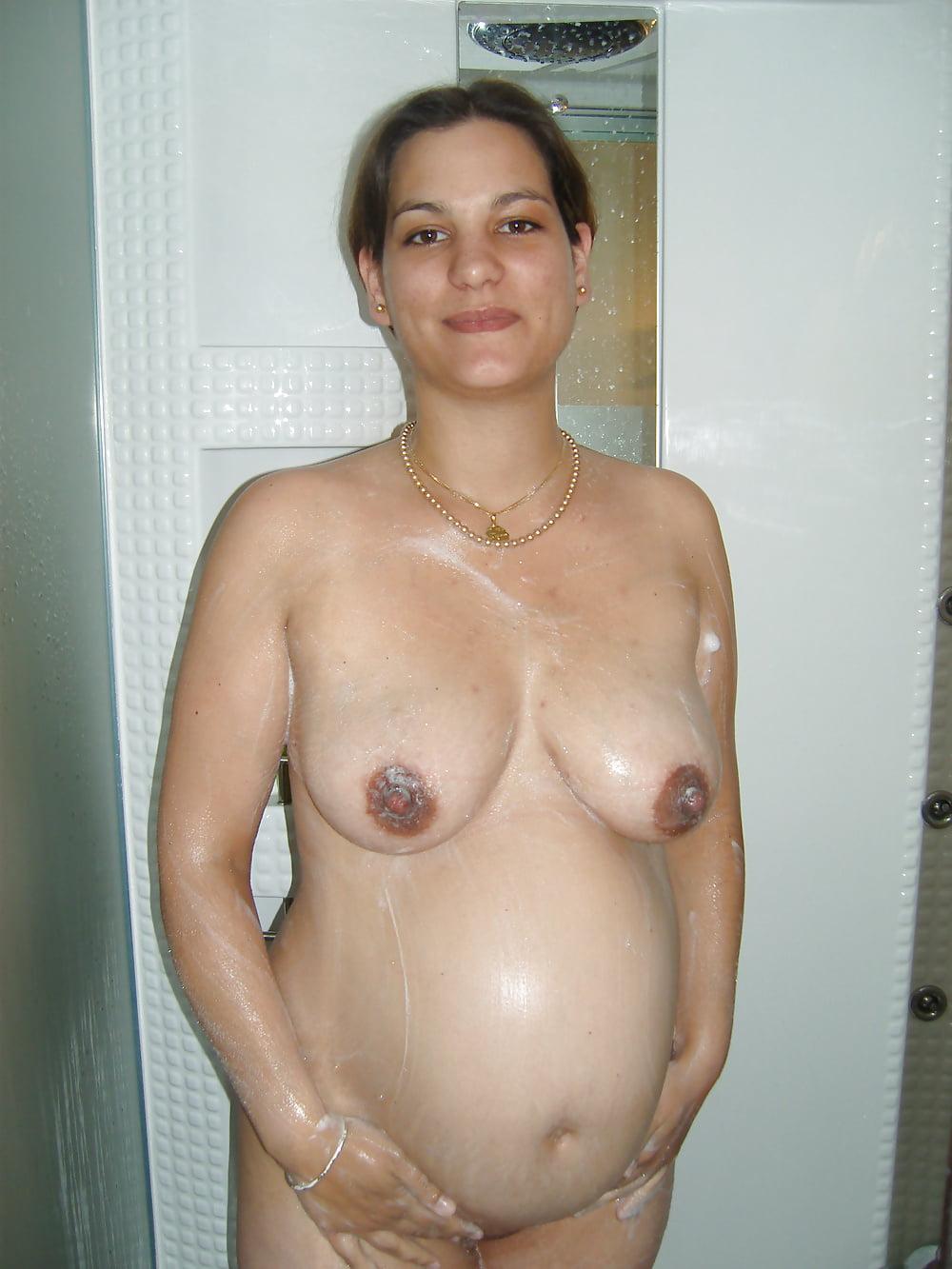 arab-pregnant-nude-pics-tamzin